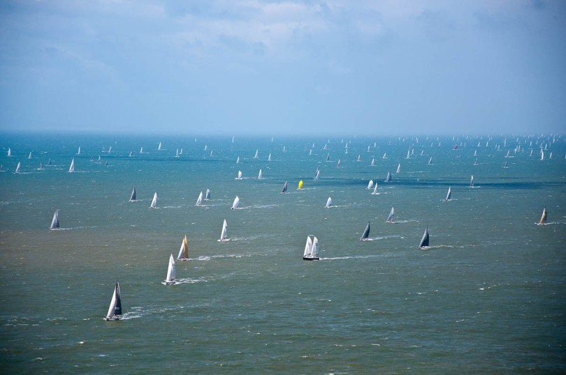 Full sails, Round the island race 2016, Isle of Wight, UK - www.rossiwrites.com