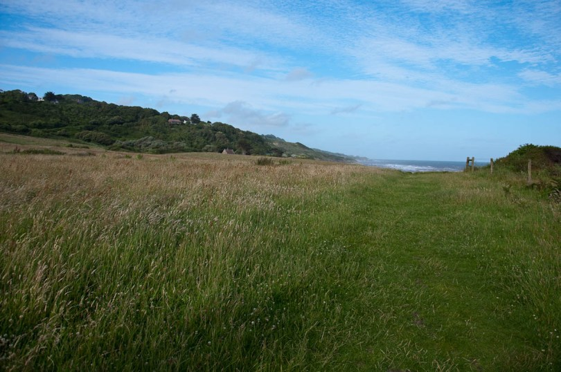 The coastal path, Isle of Wight, UK - www.rossiwrites.com