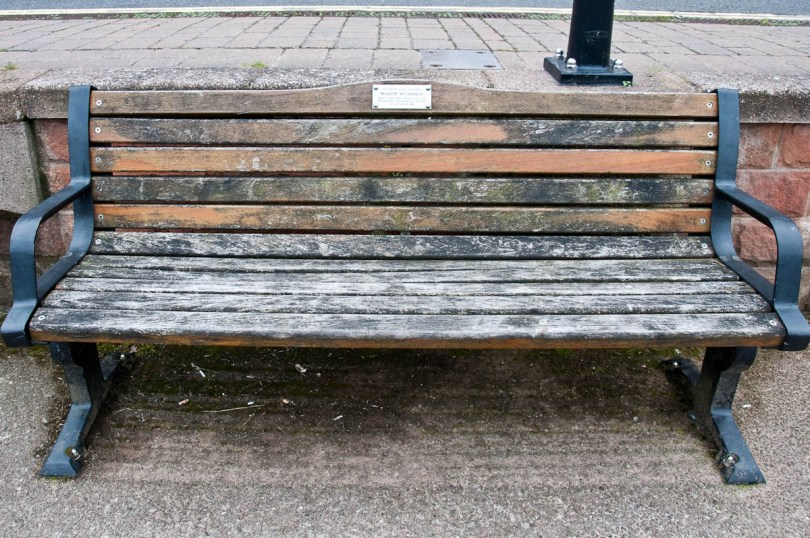 A memorial bench in Bewdley, England - www.rossiwrites.com