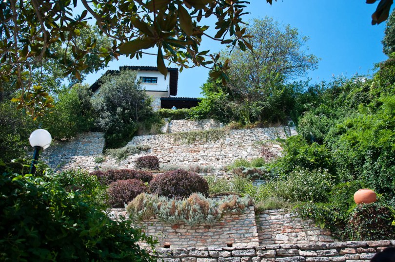 The park of the Quiet Nest - Queen Marie's Palace in Balchik, Bulgaria - www.rossiwrites.com