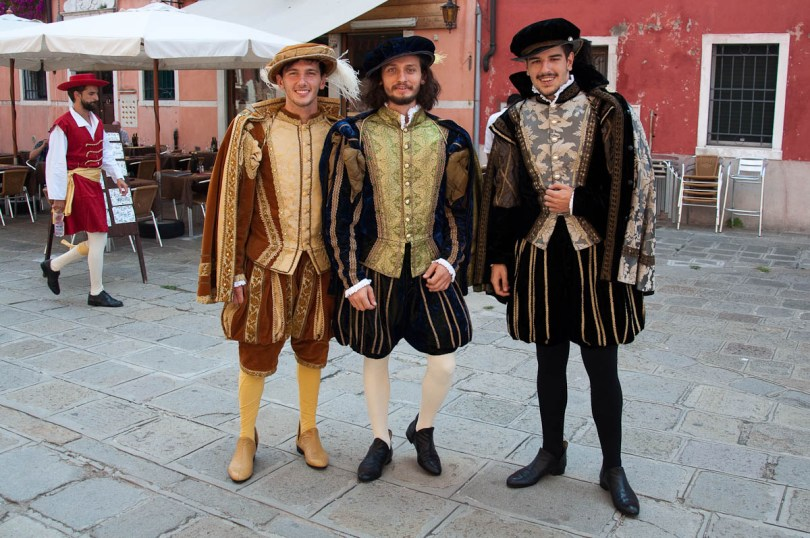 Participants in full costume, Historical Regatta, Venice, Italy - www.rossiwrites.com