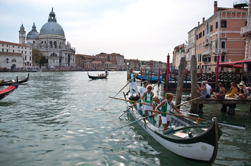 Preparing for the regatta, Historical Regatta, Venice, Italy - www.rossiwrites.com