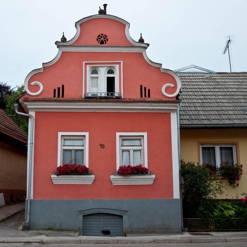 traditional-house-crnomelj-bela-krajina-slovenia-www.rossiwrites.com