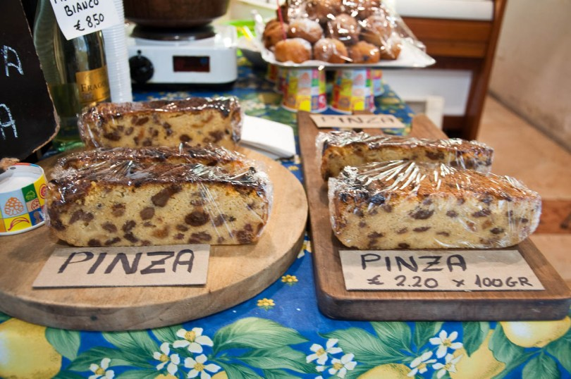 Pinza - traditional local cake - Asolo, Veneto, Italy - www.rossiwrites.com