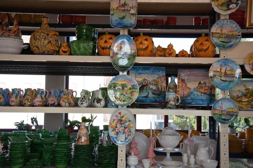 Ceramics - Nove, Veneto, Italy - www.rossiwrites.com