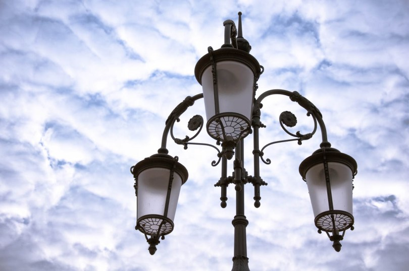 Intricate street lights along the promenade - Lazise, Lake Garda, Italy - www.rossiwrites.com