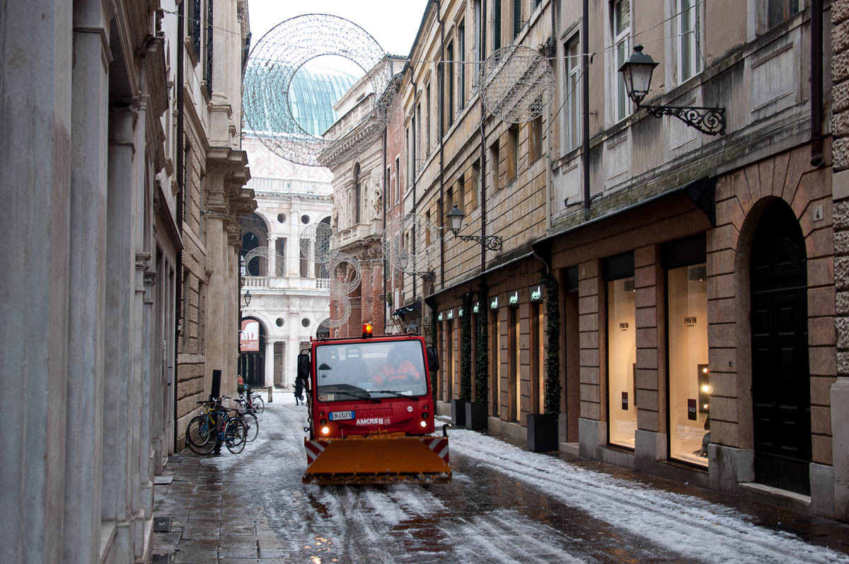 Vicenza in the Snow - Photos and Thoughts