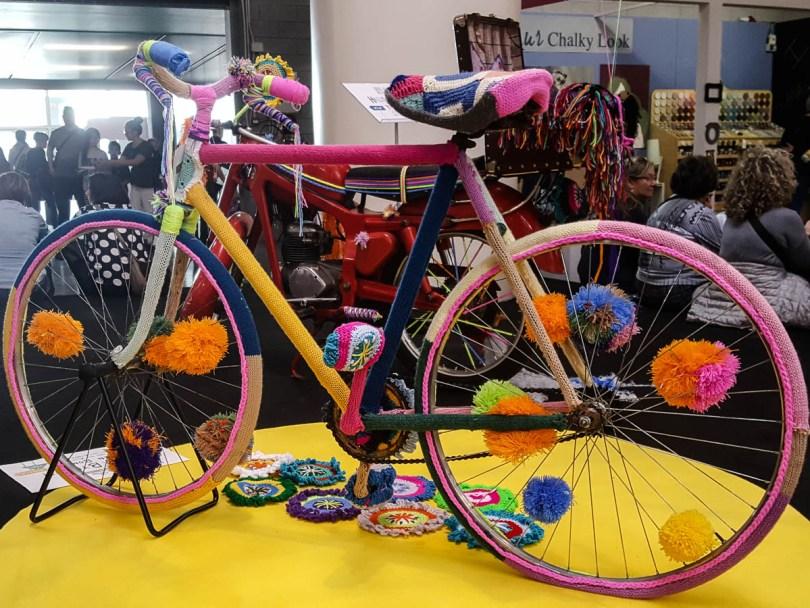 Knitted bike- Abilmente Primavera 2017 - Vicenza, Italy - www.rossiwrites.com