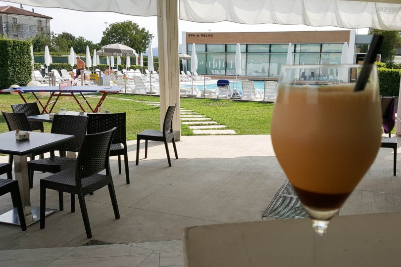Caffe Shakerato - Hotel Viest, Vicenza, Italy - www.rossiwrites.com
