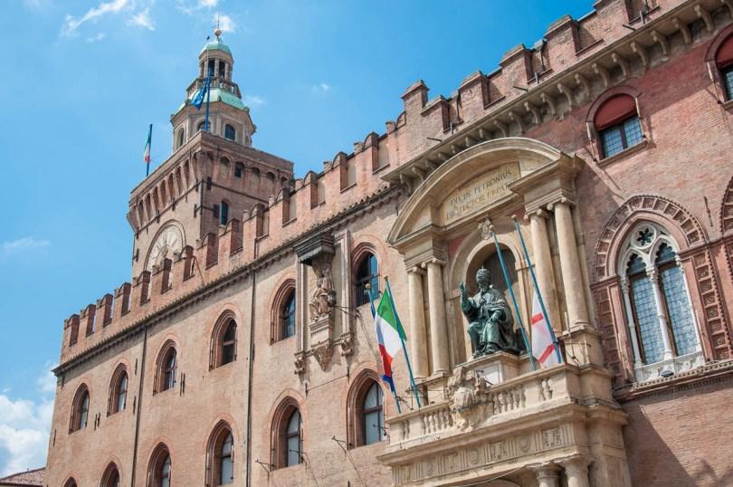 Palazzo d'Accursio - Bologna, Emilia-Romagna, Italy - www.rossiwrites.com