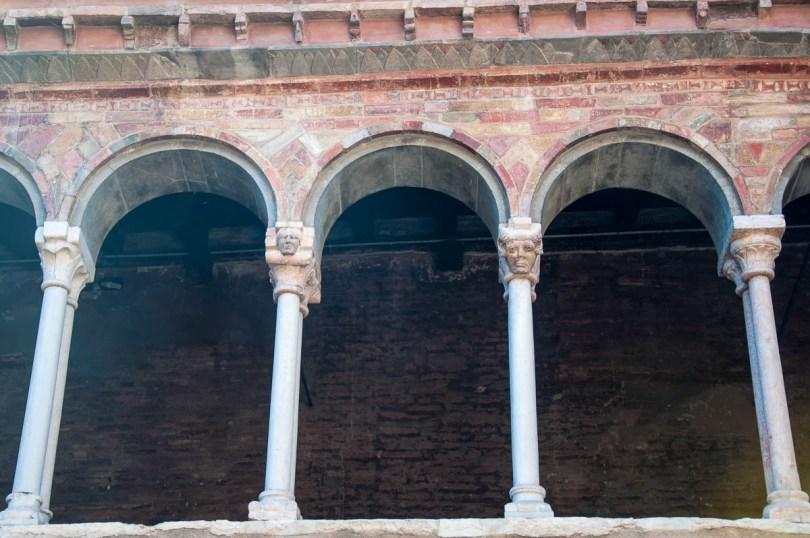 Pillars with faces - Basilica of Santo Stefano - Bologna, Emilia-Romagna, Italy - www.rossiwrites.com