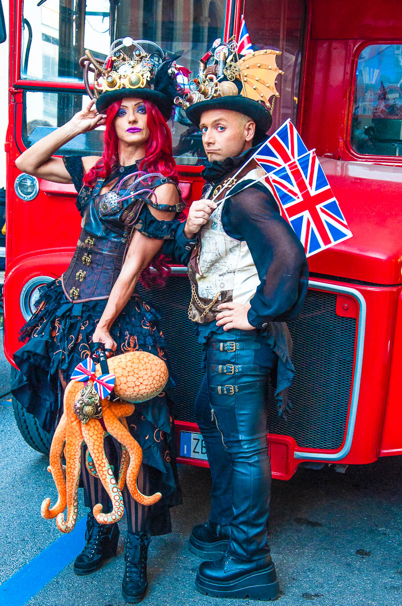 Emy Sabbatini and Gabriele Annovi in bespoke steampunk outfits - British Day Schio - Veneto, Italy - www.rossiwrites.com