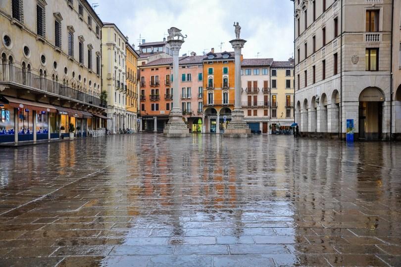 Piazza del Signori in the rain - Vicenza, Veneto, Italy - www.rossiwrites.com