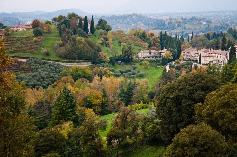 The autumnal hills around Asolo - Asolo, Veneto, Italy - www.rossiwrites.com