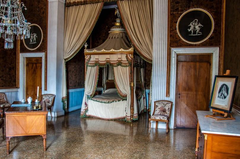 Bedroom - Villa Pisani, Stra, Veneto, Italy - www.rossiwrites.com