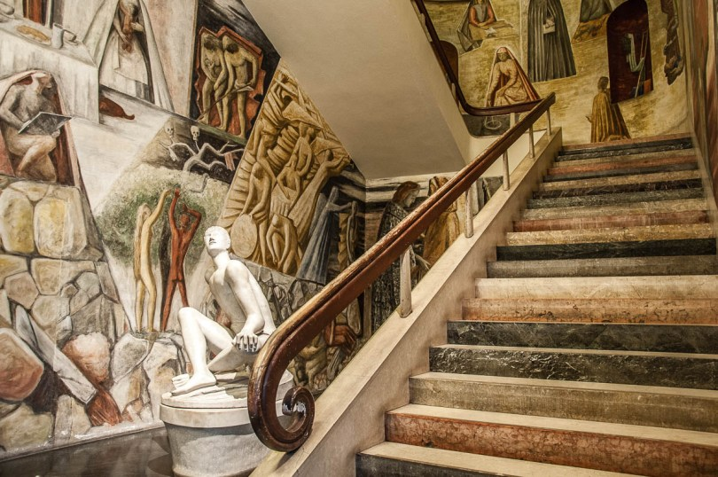 Colourful staircase and frescoed walls - University of Padua - Padua, Veneto, Italy - www.rossiwrites.com
