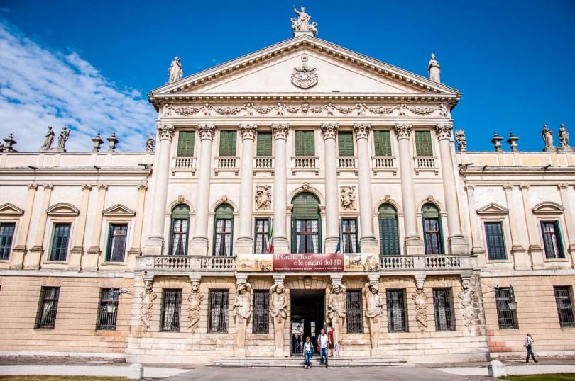 The facade - Villa Pisani, Stra, Veneto, Italy - www.rossiwrites.com