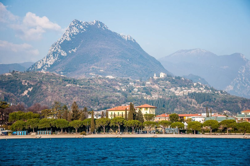Maderno's sandy beaches seen from the water - Lake Garda, Lombardy, Italy - www.rossiwrites.com