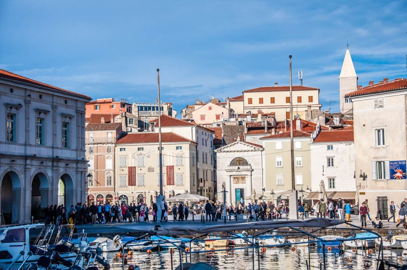 Tartini Square seen from the marina - Piran, Slovenia - www.rossiwrites.com