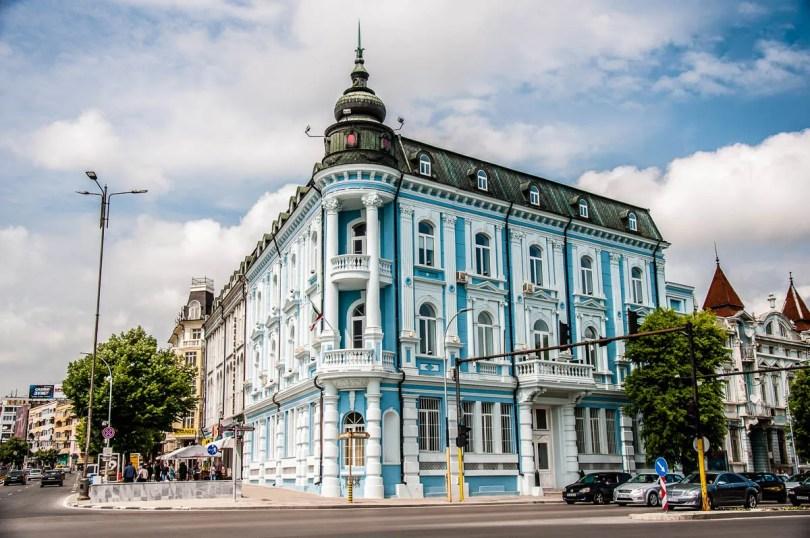 The Navy Club - Varna Bulgaria - www.rossiwrites.com