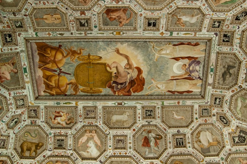 The frescoed ceiling of the Hall of the Firmament - Palazzo Chiericati, Vicenza, Italy - rossiwrites.com