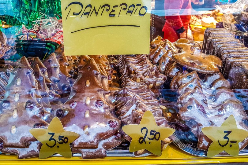 Christmas panpepato - Verona, Italy - www.rossiwrites.com