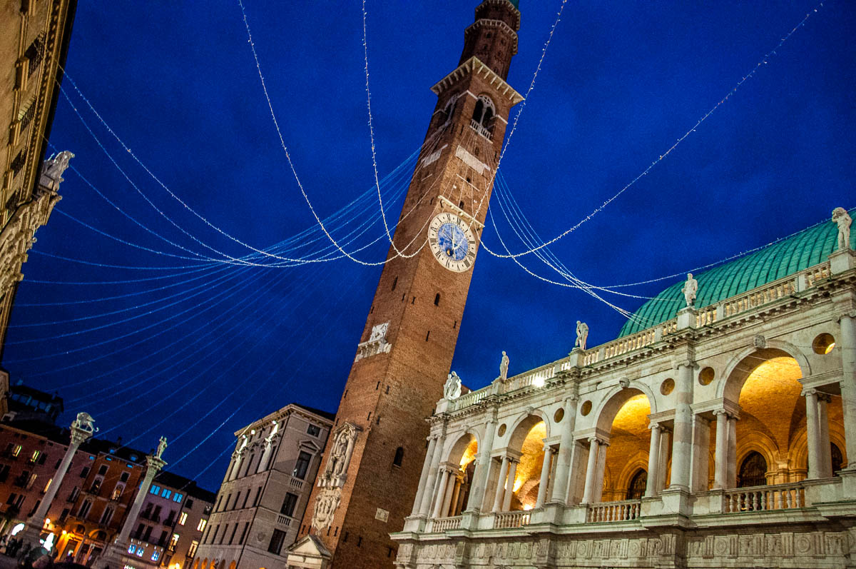 Piazza dei Signori at Christmas - Vicenza, Italy - www.rossiwrites.com