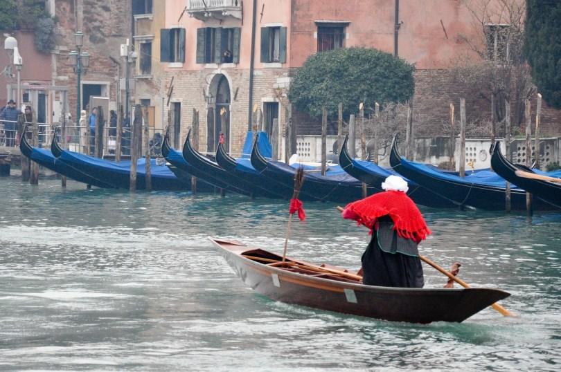 Red Befana, Befana race, Venice, Italy - rossiwrites.com