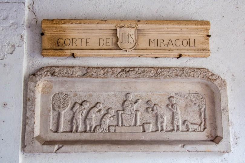 Corte dei Miracoli - Vicenza, Italy - www.rossiwrites.com