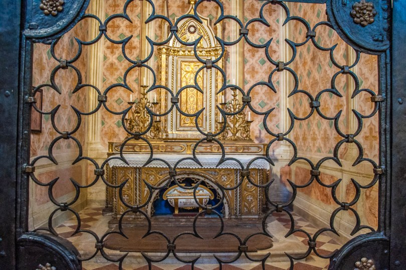 The Chapel of the Holy Thorn in the Santa Corona church - Vicenza, Italy - www.rossiwrites.com