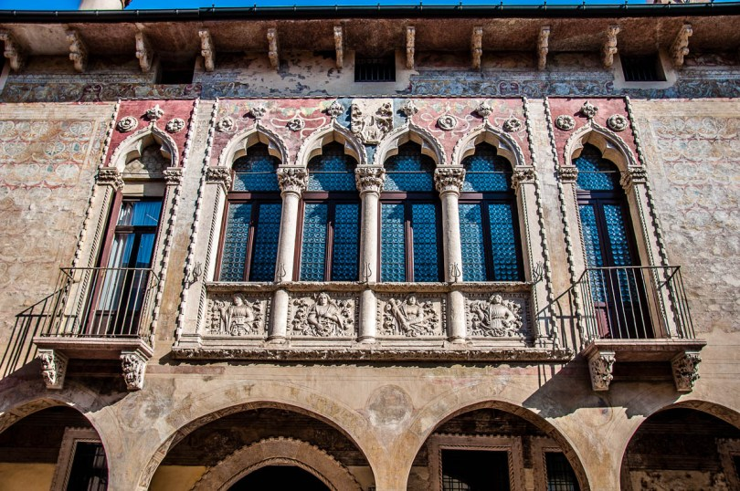 The facade of Palazzo Regau - Vicenza, Italy - www.rossiwrites.com