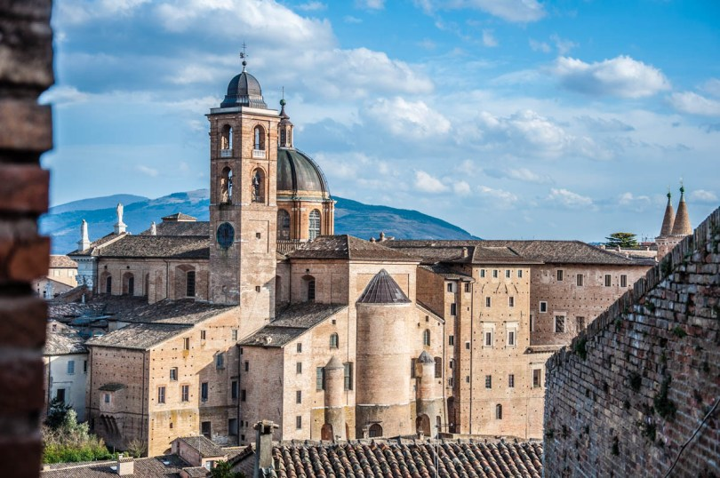 Panoramic view of Urbino - Marche, Italy - www.rossiwrites.com