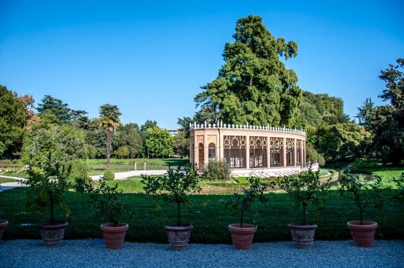 The greenhouse - Parco Villa Bolasco - Castelfranco Veneto, Italy - www.rossiwrites.com