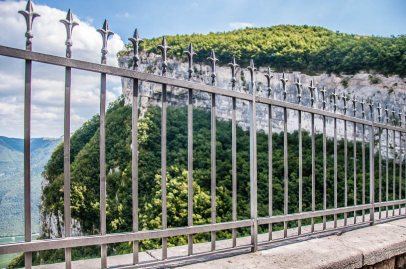 The safety fence - Sanctuary of Madonna della Corona - Spiazzi, Veneto, Italy - www.rossiwrites.com