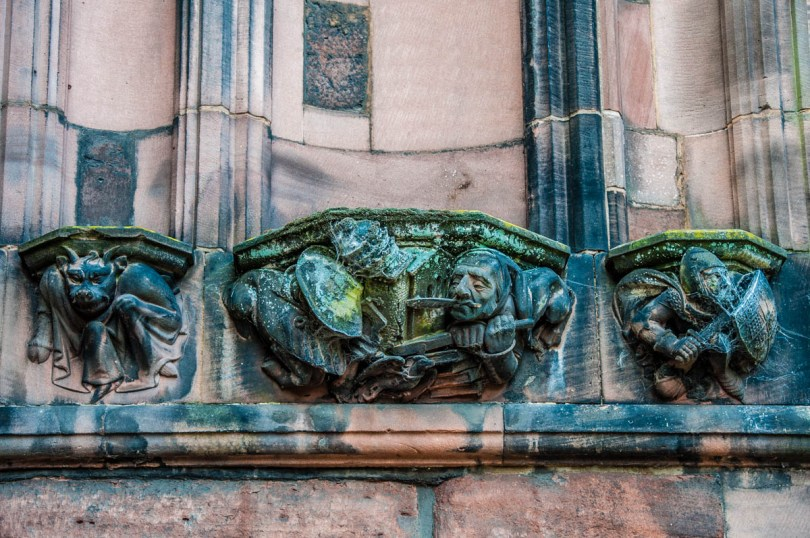 Empty statue niches - Chester Cathedral - Chester, Cheshire, England - rossiwrites.com