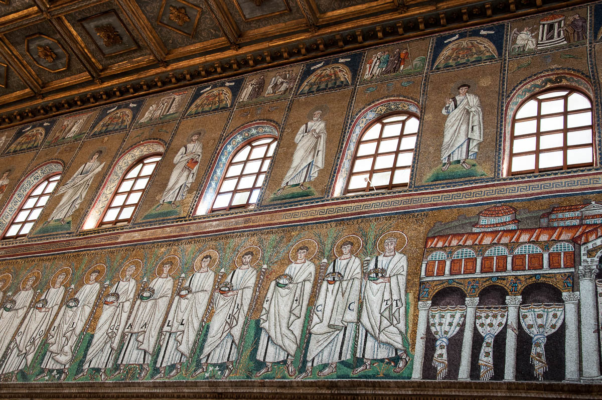 A close-up of the mosaics depicting the Palace of Theodoric - Basilica of Sant'Apollinare Nuovo - Ravenna, Emilia Romagna, Italy - rossiwrites.com