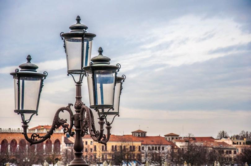 Lights - Prato della Valle, Padua, Veneto, Italy - rossiwrites.com
