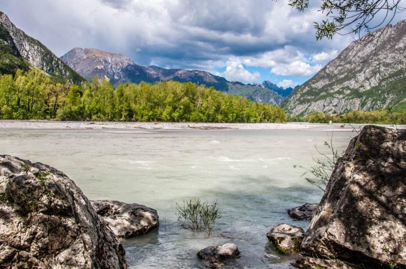 River Tagliamento near Venzone - Friuli-Venezia Giulia, Italy - rossiwrites.com