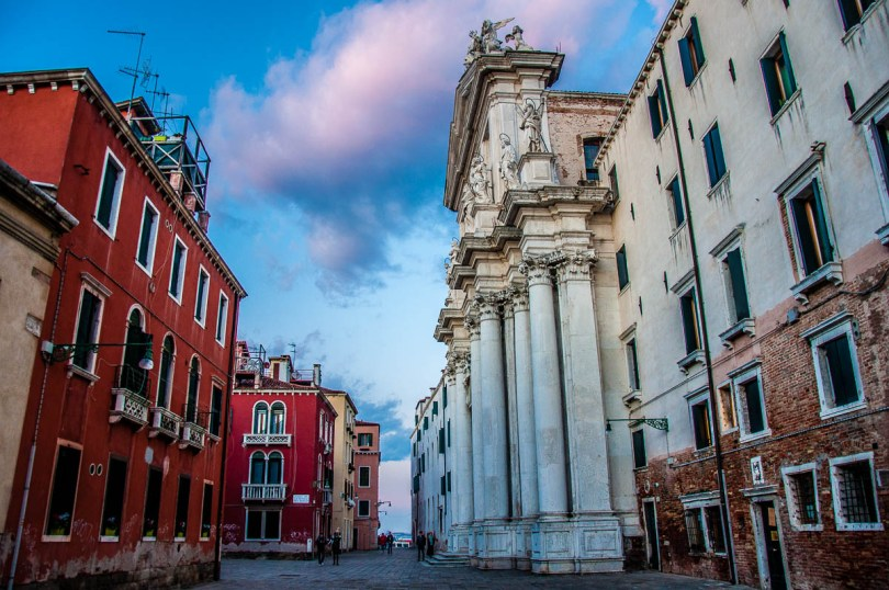 Church of Santa Maria Assunta (known as I Gesuiti) with a pink cloud - Venice, Italy - rossiwrites.com