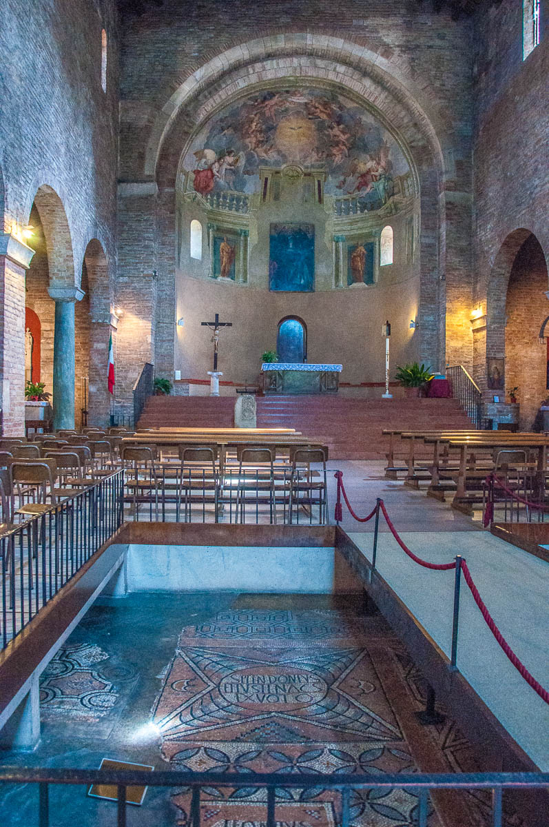Inside view of the Church of Santi Felice and Fortunato - Vicenza, Italy - rossiwrites.com