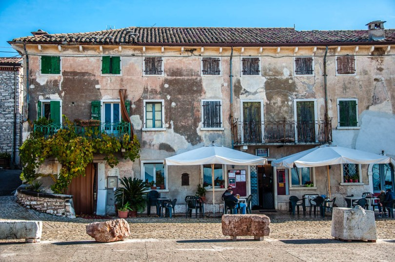 Piazza della Pieve - San Giorgio di Valpolicella - Veneto, Italy - rossiwrites.com