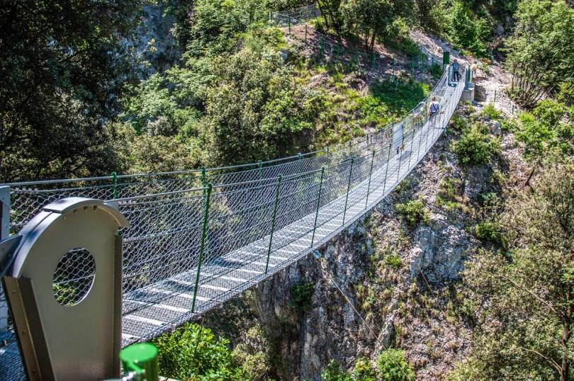 Lake Garda's Tibetan Bridge in Val Valzana - Crero, Lake Garda, Veneto, Italy - rossiwrites.com