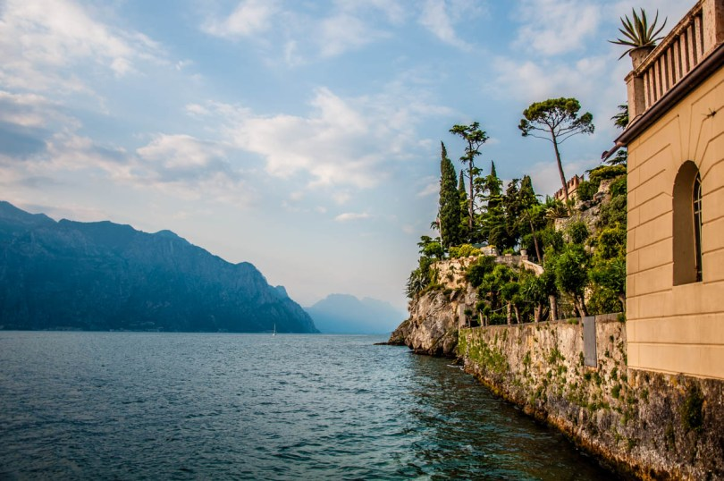 View of the medieval defensive wall with Lake Garda - Malcesine, Veneto, Italy - rossiwrites.com