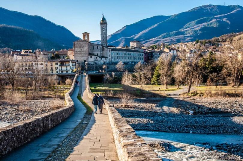 Bobbio seen from Devil's Bridge - Bobbio, Province of Piacenza - Emilia-Romagna, Italy - rossiwrites.com