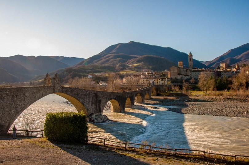 Devil's Bridge with river Trebbia - Bobbio, Province of Piacenza - Emilia-Romagna, Italy - rossiwrites.com