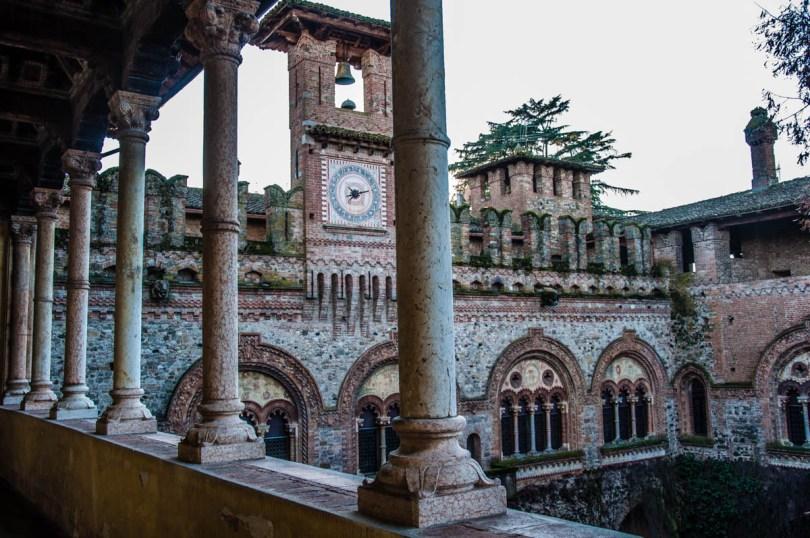 The castle - Grazzano Visconti - Emilia-Romagna, Italy - rossiwrites.com