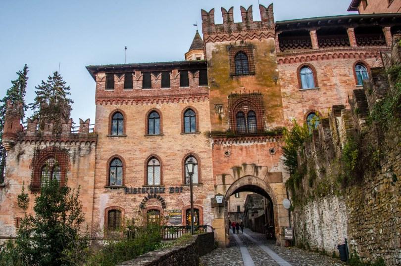 Palazzo Stradivari - Castell'Arquato, Province of Piacenza - Emilia-Romagna, Italy - rossiwrites.com