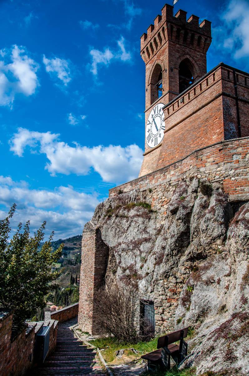 The hilltop clocktower - Brisighella, Province of Ravenna - Emilia-Romagna, Italy - rossiwrites.com