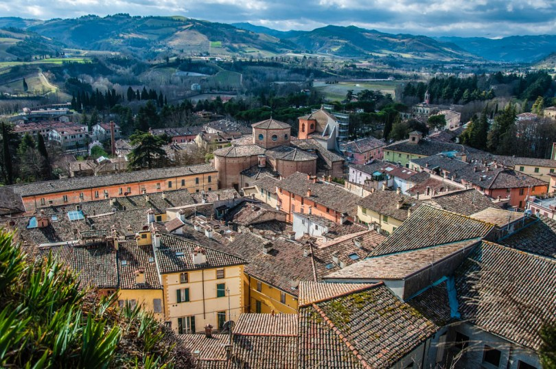 The village seen from the hilltop clocktower - Brisighella, Province of Ravenna - Emilia-Romagna, Italy - rossiwrites.com