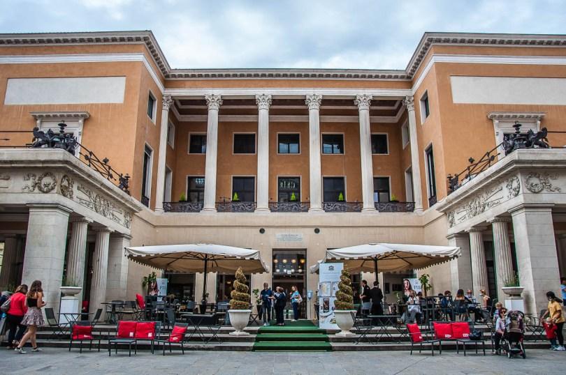 Front view of Caffe Pedrocchi - Padua, Veneto, Italy - rossiwrites.com